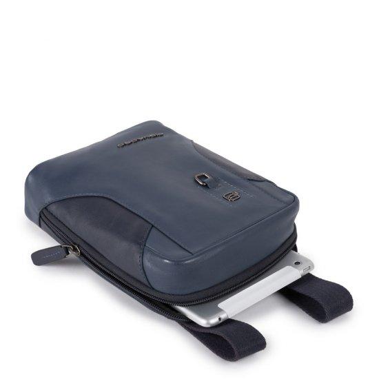 HAKONE Вертикална чантичка за рамо с отделение за iPad MINI_ MINI 2_ iPad MINI 3 в син цвят - Чанти за рамо и кръст