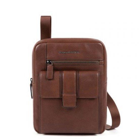KOBE Вертикална чантичка за рамо с отделение за iPad MINI_ MINI 2_ iPad MINI 3 в кафяв цвят - Чанти за рамо и кръст
