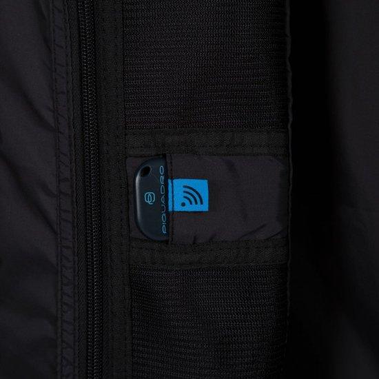 """PiQ3 Спинер на 4 колела 55см. височина с отделение за 15,6"""" лаптоп и iPad® в черен цвят - Куфари"""