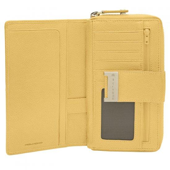 Луксозен дамски портфейл от естествена кожа в пастелно жълт цвят - Дамски портфейли