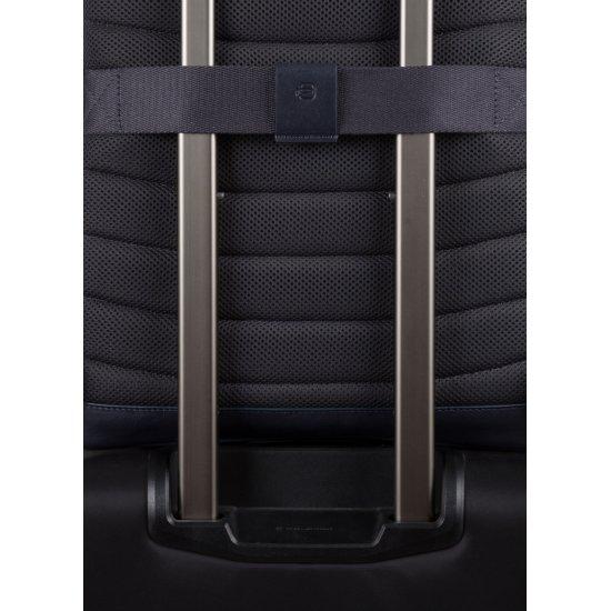 HAKONE Раница за 14 инча лаптоп и RFID  в черен цвят - Бизнес раници