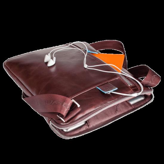 Blue Square Компактна вертикална чантичка за рамо с отделение за iPad/iPad Air в тъмно син цвят - Чанти за рамо и кръст